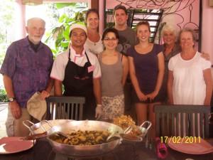 Как научил меня шеф-повар одного камбоджийского ресторана, самое главное, когда приготовишь - раздели эту трапезу с другими людьми. Тогда твой дом будет всегда процветать.